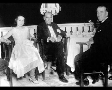 Atatürk ucnoktaaforizma